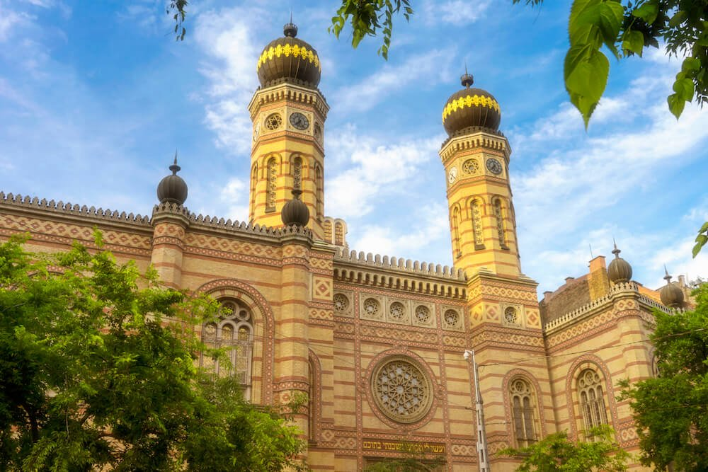 Exterior of the Great Synagogue in Budapest 7 District in a Guide About Budapest Best Location to Stay for Nightlife.