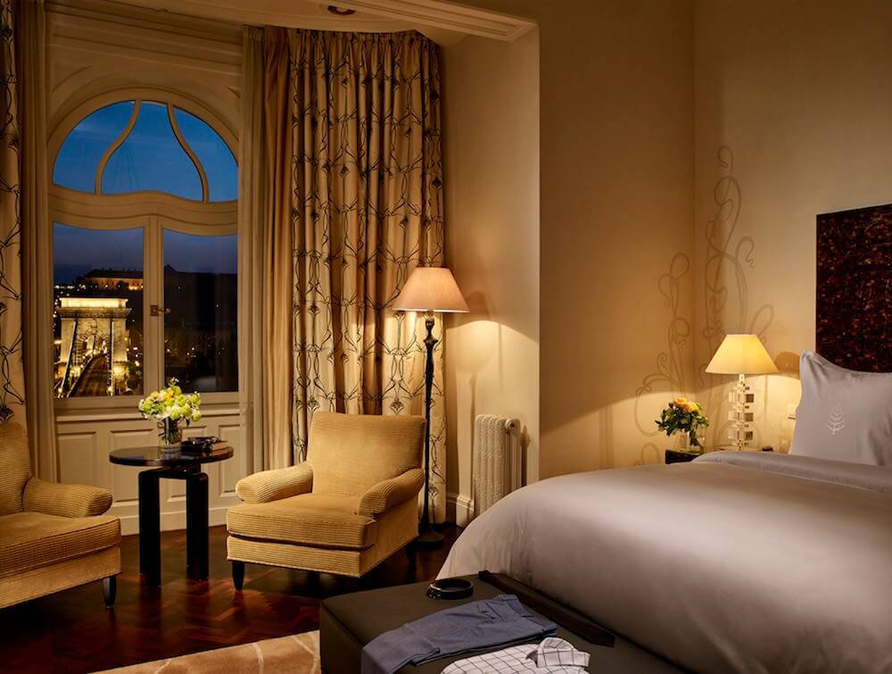Four Seasons Budapest Room Interior. The Four Seasons Budapest is one of the best 5 star hotels in Budapest city centre