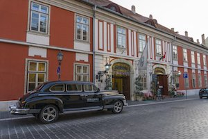 Where to Stay in Budapest Luxury hotel Budapest 5 star budapest Castle District