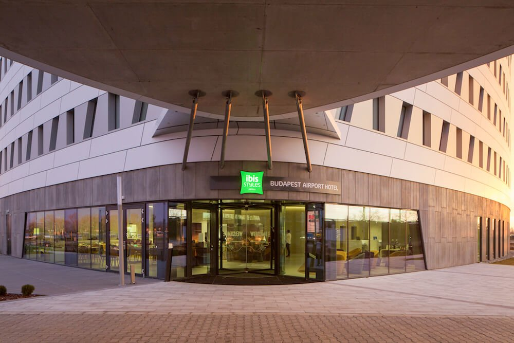 Ibis Styles Budapest Airport Hotel Exterior