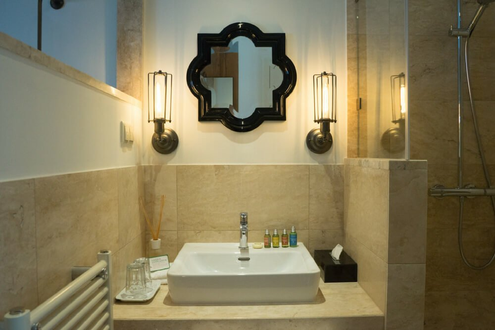 Pest Buda Hotel Bathroom